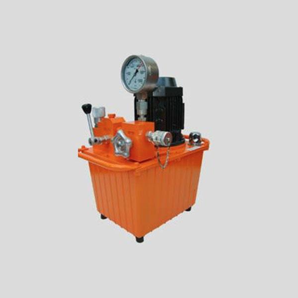 Centrale hydraulique – électrique – 700 bars – 400 V